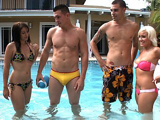 Bikini Groupsex Outdoor Pool Teen