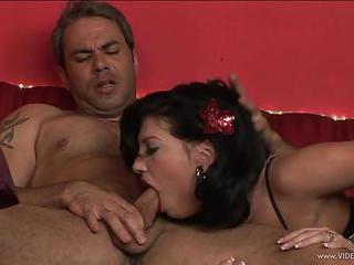 Roxy Deville Gets Her Mouth Crammed With Hard Cock