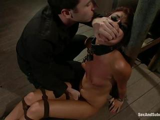 Sassy Cassandra Nix Gets Tied Up And Finger Fucked