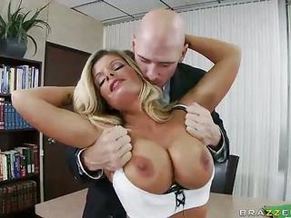 Lonely Sex Hungry Office Blonde Kristal Summers Uses Her Flawless Big...