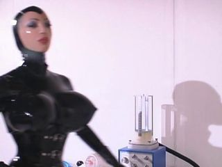 Rubber - Confined 3...