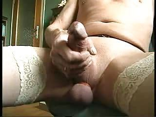 webcam play...