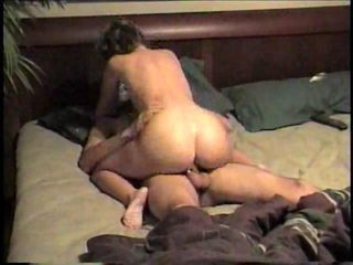 Amateur couple fucking in homemade sex video