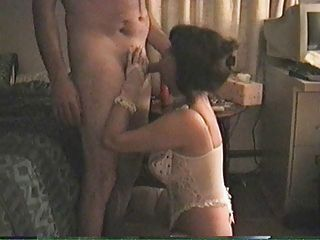 Mature amateur housewife sucks and fucks at home