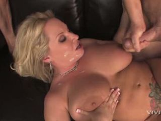 Tattooed momma Rachel Love gets hot spurt of cum after fucking two hung studs