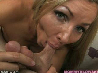 Cock loving momma Luisa De Marco eagerly takes a long dick in her juicy mouth