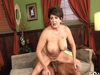 Bea Cummins 50 year old mature slut