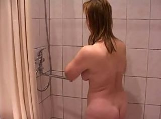 Amateur Chubby Mature Russian Showers