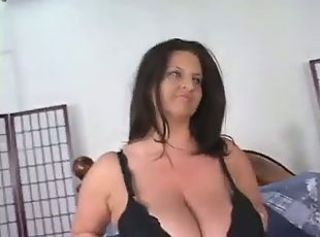 Maria Moore, Una Tetuda Delicia Al Extremo _: big boobs brunettes milfs