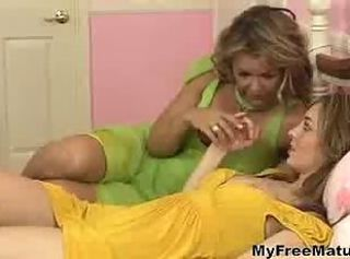 Lesbian Milf Kelly With Teen Babe