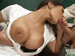Busty Blowjob Beauty Austin Kincaid Busts Her Boys Balls Into Her Mouth