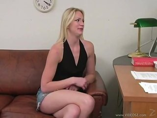 He leaves a creampie in her asshole
