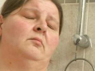Big white chick in the shower