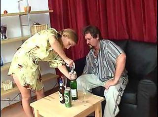 Amateur Daddy Daughter Drunk Old and Young Teen