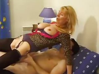 French dame has an ass that needs fucking tubes