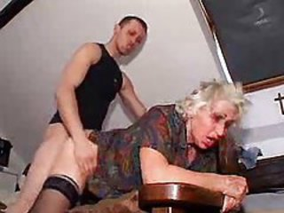 Young man bangs granny for his pleasure tubes