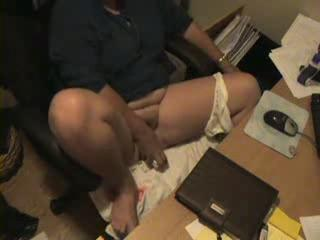 Hidden Cam Catches Mum Masturbating At Computer