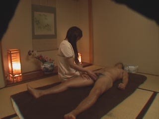 Asian Handjob Massage Oiled