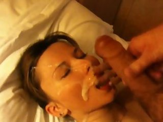 Stripshow model fucked by her boss cams.22web.net