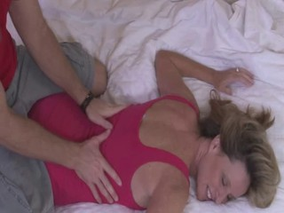 Massage Mom Blonde
