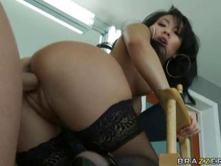 Asa Akira pleasuring her customer