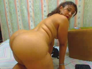 Latina Mature  Webcam