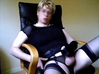 crossdresser stroking for ania