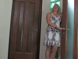 Bathroom Mature Mom Russian