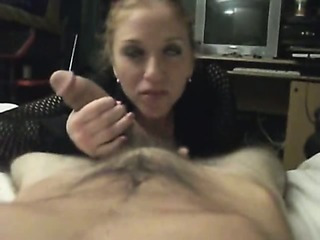 Pretty Brunette Girlfriend Fucked In Homemade Video