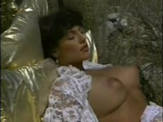 Big Tits  Natural Outdoor Pornstar Vintage