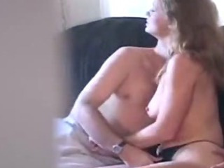 HiddenCam Mom Voyeur