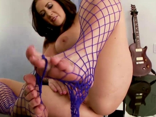 Foot babe round stockings masturbating pile up with cant..