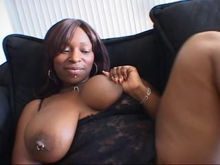 The big ass ebony babe rammed by a big black dicks !
