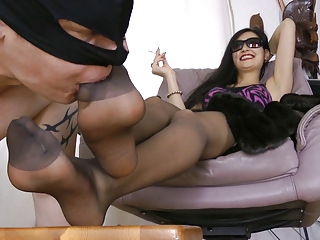 Femdom Feet Fetish Legs Slave Stockings