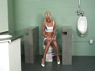 Blonde Skinny Teen Toilet