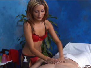 Petite masseuse in red Lexi D