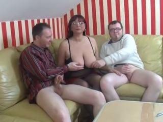 Amateur Big Tits Chubby European German Glasses Mature Natural Nipples Threesome