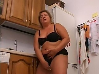Chubby European Italian Kitchen Lingerie Masturbating Mature