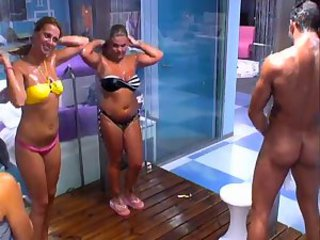 "CFNM shower (Portugal)"" target=""_blank"