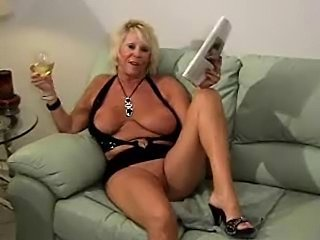Amateur Big Tits Chubby Drunk Mature