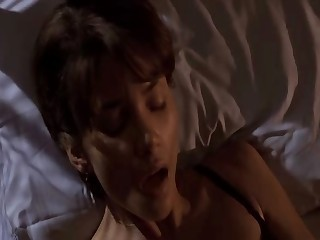 Celebrities classic Halle Barry licked and fucked - snake