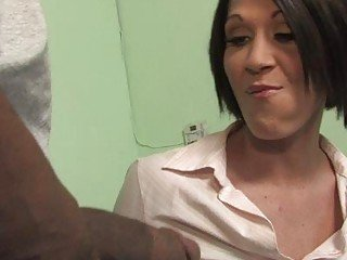 Slutty brunette MILF nailed wide of handsome black bull