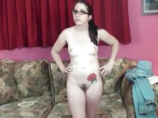 Amateur Nerd Shows Her Naked Body