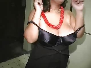 Amateur Big Tits Chubby  Natural