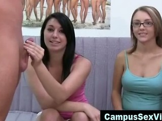 College amateur teen girls blowjob