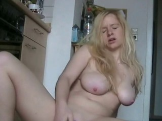 Blonde Chubby Masturbating Teacher Webcam