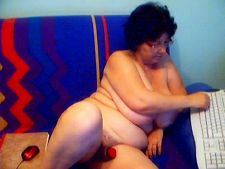 Dildo Oma Webcam