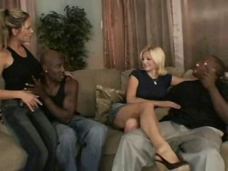 Groupsex Interracial