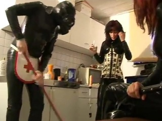 Pair dominas punishing...