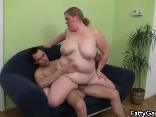 Young fat girl sucks cock...
